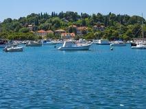 Barcos amarrados no porto de Dubrovnik Imagem de Stock