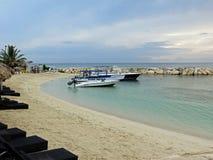 Barcos anclados en Montego Bay en Jamaica Fotos de archivo libres de regalías