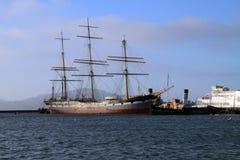 Barcos atracados en San Francisco Bay fotos de archivo