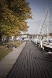 Barcos atracados en un puerto. fotos de archivo
