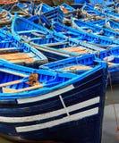 Barcos azuis de Essaouira, Marrocos Foto de Stock