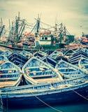 Barcos azules de Essaouira, Marruecos Foto de archivo libre de regalías