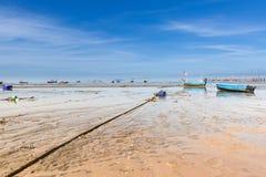 Barcos azules del pescador Imagenes de archivo
