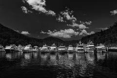 Barcos caros em um porto de Sydney Fotografia de Stock Royalty Free