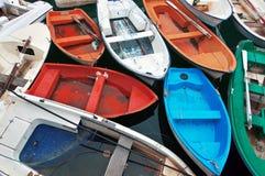 Barcos coloridos foto de archivo libre de regalías