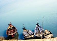 Barcos coloridos Imagens de Stock