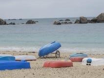 Barcos coloridos na praia Fotografia de Stock