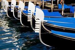 Barcos da gôndola em Veneza Fotos de Stock Royalty Free