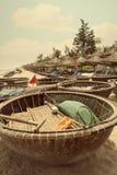 Barcos de bambú redondos vietnamitas Imágenes de archivo libres de regalías