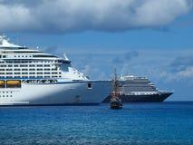 Barcos de cruceros del Caribe Foto de archivo libre de regalías