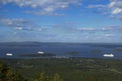 Barcos de cruceros en Maine Imagen de archivo libre de regalías