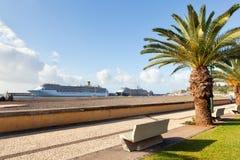 Barcos de cruceros Funchal, Madeira, Portugal Fotografía de archivo libre de regalías