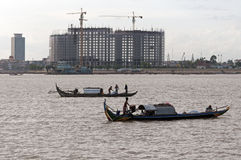 Barcos de Fisher en el r?o Mekong Imagen de archivo libre de regalías