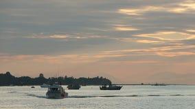 Barcos de la red de enmalle, Fraser River Dusk Fotografía de archivo