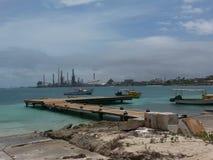 Barcos de los pescadores en Aruba 2014 Foto de archivo