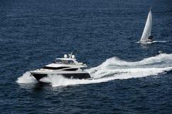 Barcos de lujo Imágenes de archivo libres de regalías