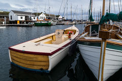 Barcos de madeira no porto Fotografia de Stock