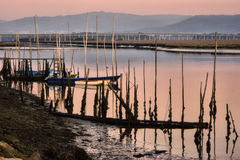 Barcos de madeira tradicionais no rio de Lima Fotografia de Stock Royalty Free