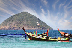 Barcos de madera tailandeses tradicionales Imagen de archivo libre de regalías