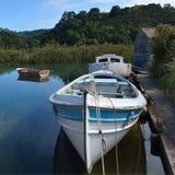 Barcos de madera viejos - Nueva Zelanda Imagenes de archivo