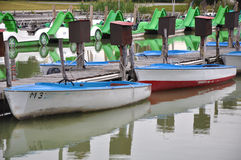 Barcos de motor a alquilar Imagen de archivo libre de regalías