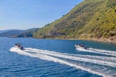Barcos de motor fotos de stock royalty free
