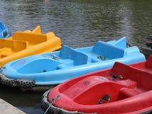 Barcos de Pedalo Imágenes de archivo libres de regalías