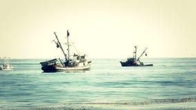 Barcos de pesca 1 almacen de metraje de vídeo