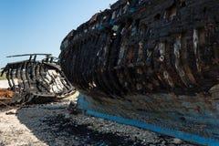 Barcos de pesca abandonados árabes Foto de Stock