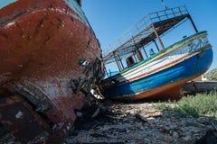 Barcos de pesca abandonados árabes Imagens de Stock Royalty Free