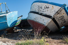 Barcos de pesca abandonados árabes Fotos de Stock