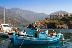 Barcos de pesca, Crete foto de archivo libre de regalías