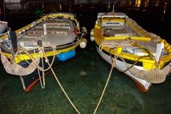 Barcos de pesca de madeira pequenos no fuzileiro naval Imagem de Stock Royalty Free