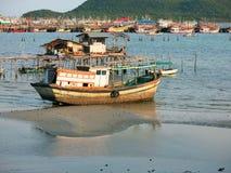 Barcos de pesca de madera Fotos de archivo libres de regalías