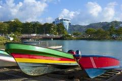 Barcos de pesca em Castries, St Lucia, das caraíbas Imagem de Stock