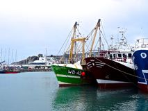 Barcos de pesca em Howth fotografia de stock