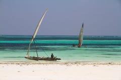 Barcos de pesca em Zanzibar imagens de stock royalty free