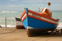 Barcos de pesca en Arniston en el Western Cape, Suráfrica Imagenes de archivo
