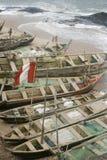 Barcos de pesca en la costa de Ghana Imagen de archivo