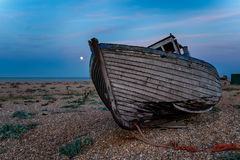 Barcos de pesca en la salida del sol Imágenes de archivo libres de regalías