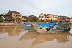 Barcos de pesca Hoi An, Vietnam foto de archivo libre de regalías