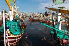 Barcos de pesca de madeira tradicionais na ilha de Bali Imagens de Stock