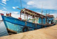Barcos de pesca na porta Imagem de Stock