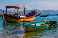 Barcos de pesca no porto Imagem de Stock