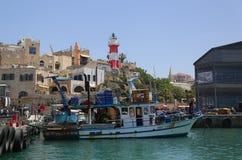 Barcos de pesca no porto de Jaffa no mar Mediterrâneo, situado na cidade velha de Jaffa, Israel Fotografia de Stock