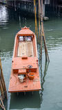 Barcos de pesca pequenos de Tailândia no porto Imagem de Stock Royalty Free