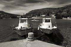 Barcos de pesca velhos fotografia de stock royalty free
