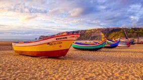 Barcos de pesca velhos da forma foto de stock