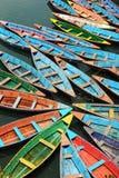 Barcos de prazer no lago Fewa Imagens de Stock
