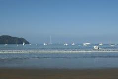 Barcos estacionados de Rican da costela fotografia de stock royalty free